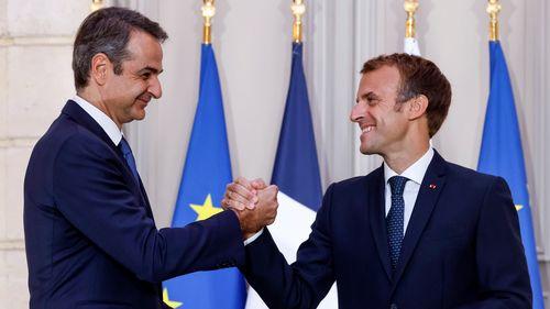 Francia y Grecia firman un acuerdo de defensa de 4.800 millones de dólares para comprar tres buques de guerra en Atenas